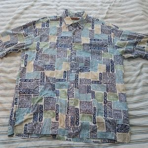 Tori Richard Tribal Hawaiian Cotton Lawn Shirt